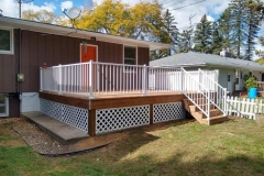 Brown-Treated-Deck-with-Aluminum-Railing-and-Lattice